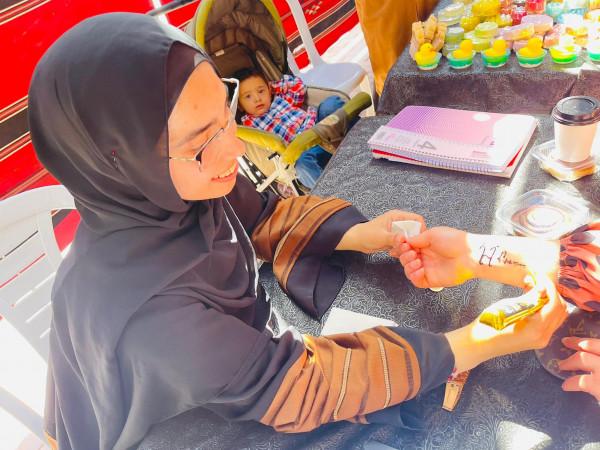 افتتاح معرض الشهداء للصناعات اليدوية في جامعة بوليتكنك فلسطين