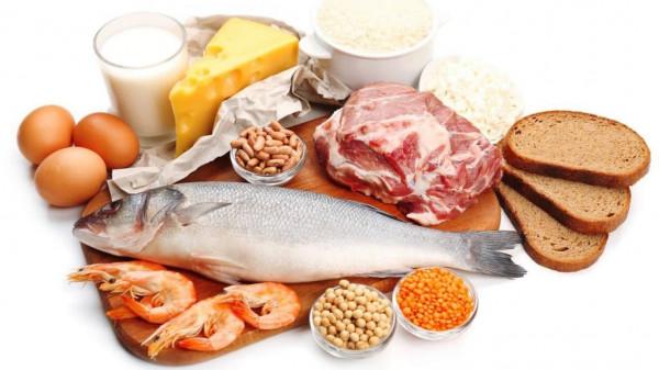 تعرف على أهم الأطعمة التي تحتوي على فيتامين (ب 12)