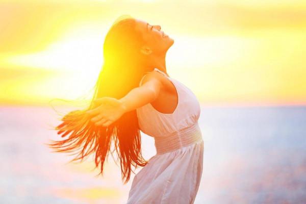 فوائد غير متوقعة تحدث لجسمك عند التعرض لأشعة الشمس