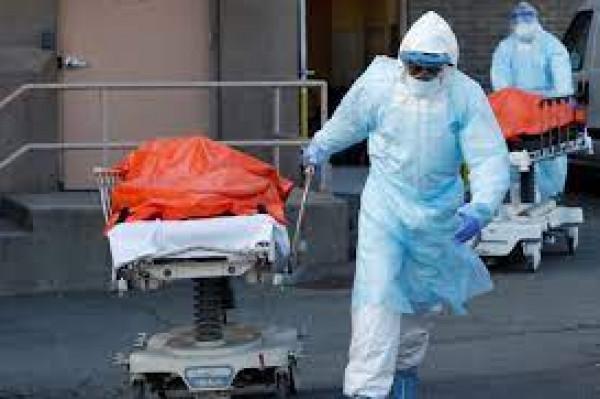 """""""كورونا"""" عالميًا تُسجِّل 4 مليون و884 ألف وفاة وأكثر من 239 مليون إصابة"""
