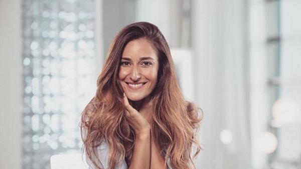 أمينة خليل تطلق أغنيتها الجديدة بعنوان(مزيكا) على قناتها اليوتيوب