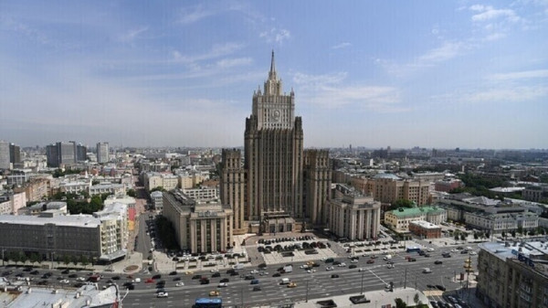 روسيا تقرر منح الطلبة الأجانب إقامة مؤقتة