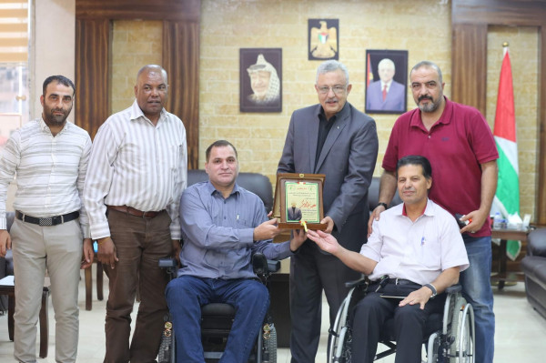 محافظ طولكرم يلتقي وفداً من الاتحاد الفلسطيني للأشخاص ذوي الإعاقة