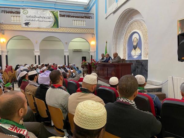 الهباش يبحث التعاون المشترك مع إدارة جامعة الأمير عبد القادر الإسلامية في الجزائر