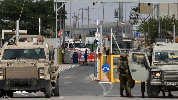 إصابة شرطي إسرائيلي بزعم تعرضه لعملية دهس قرب حاجز قلنديا شمال القدس