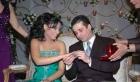 """فيديو: هذا ما يحدث عندما """"تنسجم"""" خلال تصوير زفاف"""