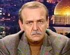 """انشقّ 4 مرات : اللجنة التنفيذية تقرر اعفاء""""ياسر عبدربه"""" من أمانة سرها"""