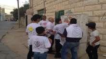 فتح بسلفيت تواصل حملة تطهير المحلات التجارية من البضائع الإسرائيلية