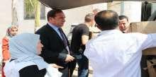 محافظ طولكرم اللواء د.عبد الله كميل يتسلم مكرمة رئاسية