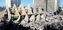 اثار الدمار لبرج الباشا وسط غزة بعد قصفه من قبل الطائرات الحربية الاسرائيلية