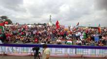 """سفيره فلسطين في ايطاليا د مي كيله """"السلام يبدأ في فلسطين وينتهي في فلسطين"""" امام الألووف المتظاهره"""