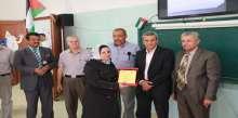 قلقيلية : افتتاح غرف صفية وتكريم المعلمين المتقاعدين