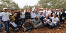 فتح في سلفيت وحملة تطوع تنظمان نشاطاً لمساعدة المزارعين بالمناطق المحاذية للمستوطنات