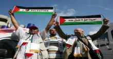 أميال من الابتسامات تطلق سراح موقوفين بغزة