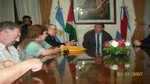حاكم ولاية انتري ريوس يستقبل سفير دولة فلسطين ويتم تكريمه كضيف شرف للولاية