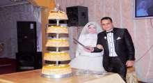 بالصور شباب الثورة يحتفل بزفاف منسقهم الإعلامى