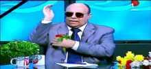 الشيخ مبروك عطية يدخل في وصلة ردح مع متصلة على الهواء