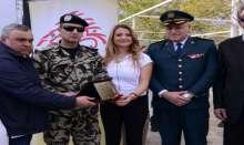 سفيرة السلام والشؤون الانسانية ندى قليط تُكرّم شهداء الجيش في سباق الاستقلال
