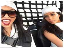 بالصور: من هو السعودي الذي كان على اليخت مع كيم كارداشيان في دبي؟