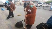 بالصور حزب الشعب ينظم حملة لتنظيف مستشفى ناصر الطبي في مدينة خانيونس