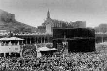 بالفيديو والصوت : أقدم تلاوة قرآنية مسجلة من الحرم المكى عام 1885