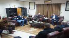 وفد من القنصلية البريطانية يزور بلدية قلقيلية