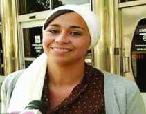 امرأة مسلمة تلقى دعما كبيرا بعد حرمانها من وظيفتها بسبب ارتداء الحجاب