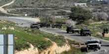 بلدية اذنا تقوم بفتح الطرق الزراعية التي أغلقها الاحتلال