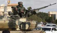 تدريب 10 الاف مقاتل من جيش القذافي في مصر وبرعاية الامارات لدخول ليبيا