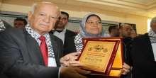 دائرة شؤون اللاجئين تكرم المرأة الفلسطينية بمناسبة يوم الارض و معركة الكرامة و الثامن من اذار