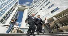 اليوم .. فلسطين تنضم رسميا للمحكمة الجنائية الدولية.. ما هي محكمة الجنايات ولماذا تعارض اسرائيل؟!