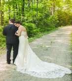 لاتنسي التقاط هذه الصور لفستان زفافك
