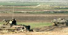 الاحتلال يطلق النار تجاه المزارعين في وسط وجنوب القطاع