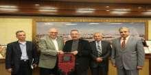 البرفيسور حساسيان سفير فلسطين في بريطانيا يزور جامعة النجاح الوطنية