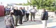 هيئة مقاومة الجدار والاستيطان وبلدية واقليم يطا في زيارة تضامنية لقرية سوسيا