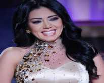 """رانيا يوسف : أنا """"صاروخ"""" ونادية الجندي لا علاقة لها بالأنوثة"""