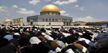200 مواطن غزي يتوجهون للقدس للصلاة بالمسجد الاقصى