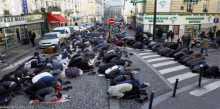 رئيس بلدية فينيل: يطالب بالقضاء علي الإسلام في فرنسا خلال عشر سنوات