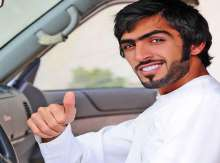شاب اماراتي  وسيم شغل العالم بمرضه الغامض ..وعولج بالقرآن وشقيقه يكشف الحقيقة