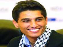 محمد عساف ينشر مقطعاً بصوته وهو يتلو القرآن الكريم بصوته الرائع