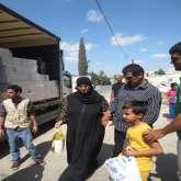 ملتقى البصيرة يواصل حملته الإنسانية في شهر داخل المدن الفلسطينية