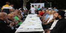 جمعية الاقصى تجمع على مائدتها المسلمين والمسيحيين في إفطار بمدينة الرملة
