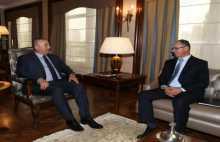 السفير مصطفى يطلع وزير الخارجية التركي على آخر المستجدات السياسية