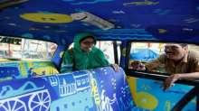 """سيارات التاكسى فى الهند"""" معارض فنية متحركة """""""