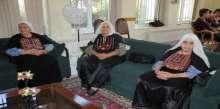 في يوم المسن العالمي العمل الصحي تطالب بإنصاف شريحة المسنين وتحرير الأسرى كبار السن