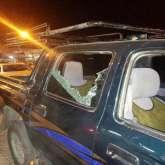 بالصور.. مستوطنون يهاجمون سيارات المواطنين قرب مفترق شوفة جنوب طولكرم