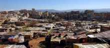 إلى متى يستمر منع مواد البناء عن المخيمات الفلسطينية في لبنان