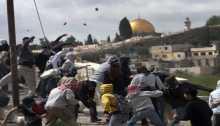 """القيادة الموحدة لانتفاضة القدس"""" الانتفاضة طريق الوحدة"""""""