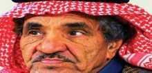 ممثل سعودي شهير يتحول إلى بائع بسطة على أحد أرصفة شوارع تبوك