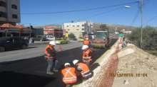 الاشغال العامة تواصل إعادة تأهيل طريق حوارة – نابلس الرئيسي